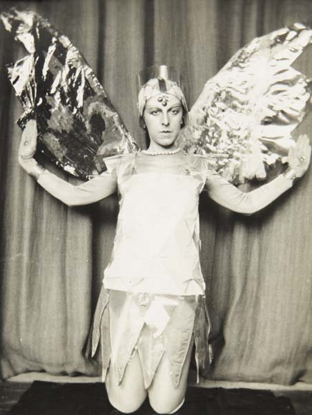 claude cahun a curious spirit Disavowals (aveux non avenus) by claude cahun my spirit is rather slowbut the flesh is (p) curious about a soul he experiences as alien and.
